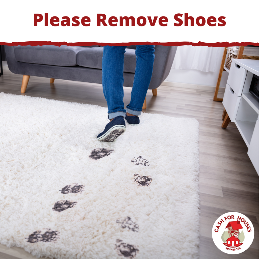 Please Remove Shoes When Entering Home